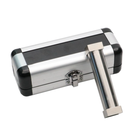 Notched bar film applicator